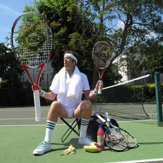 Tennis themed entertainer for hire in London and across the UK. Perfect for tennis or sports themed events.
