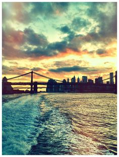 Sunset riding the East River Ferry to BK (photo @DinaDuck)