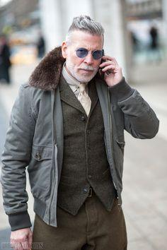 全世界「最有型」的性格熟男,168公分 的 Nick Wooster 告訴你什麼叫做「穿衣比例」! - JUKSY 線上流行雜誌