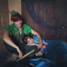 Peter Pan Wendy is fast a sleep Disney Dream, Cute Disney, Disney Magic, Disney Trips, Disney Parks, Walt Disney, Disney And Dreamworks, Disney Pixar, Cosplay
