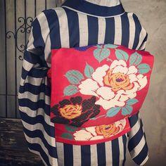・ この帯もまた、 ・ ふっくらと美しい刺繍です ・ ・ #着物コーディネート #着付け#名古屋帯#お太鼓#アンティーク帯#アンティークきもの梅鉢#短い名古屋帯でお太鼓結び #着付け教室姫路#antique#kimono#姫路#着物##姫路城##姫路城近く#コーディネート#おしゃれ#アンティーク着物#刺繍#おしゃれな帯結び#散策#himeji#himejicastle#kimonoumebachi#rental#기모노 #기모노대여 #기모노대여히메지