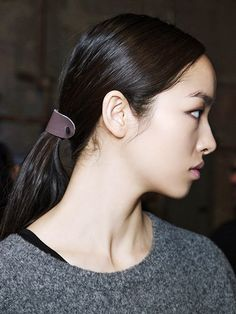 Cool New Ways to Wear Hair Accessories | Allure