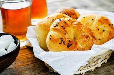 Bagel, Feta, Food And Drink, Pizza, Bread, Cookies, Drinks, Crack Crackers, Drinking