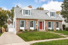 430 Dorset Place, Glen Ellyn, IL PERFECTION! NOTHING TO DO BUT MOVE IN AND ENJOY! 5 BEDROOM/3 FULL BATH. GLEAMING HARDWOOD FLOORS THROUGHOUT. GENEROUS ROOM SIZES WITH BRIGHT OPEN FLOOR PLAN. ENCLOSED SUNPORCH OPENS TO BEAUTIFULLY LANDSCAPED BACKYARD AND LARGE DECK. $499,000