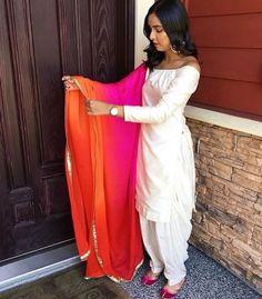 Pinterest: @pawank90 Indian Suits, Indian Attire, Indian Wear, Indian Bridal Fashion, Indian Wedding Outfits, Designer Punjabi Suits, Indian Designer Wear, Patiyala Dress, Trendy Suits