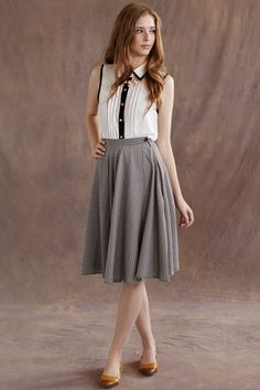 A sweet and sophisticate outfit for day to day activities. #ruche #shopruche   Nice outfit for SariAnne