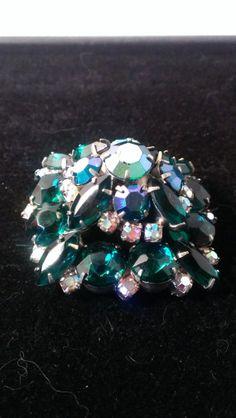 Vintage dome layered green and white Aurora Borealis rhinestone large brooch  pie setting wedding Gatsby prom