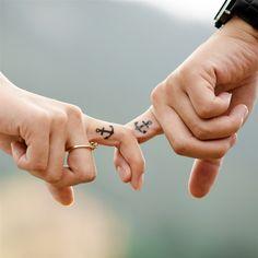 Love Shaking Hands Romantic Aesthetic #retina #iPad #Air #wallpaper