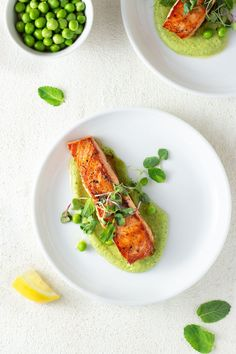 Salmon and peas are a classic combination. In this dish, I brought things up a notch with perfectly seared salmon and an addictive pea puree. Salmon Recipes, Fish Recipes, Seafood Recipes, Gourmet Food Plating, Gourmet Foods, Gourmet Desserts, Healthy Gourmet, Pureed Food Recipes, Cooking Recipes