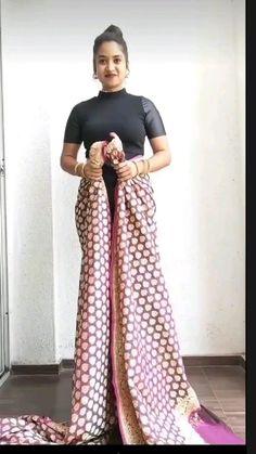 Saree Wearing Styles, Saree Styles, Diy Fashion, Fashion Outfits, Fashion Design, Ethenic Wear, Stylish Sarees, Elegant Saree, Indian Fashion Dresses