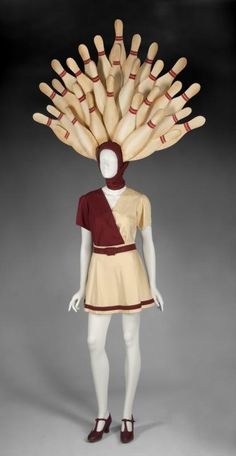 A Pin Girl costume worn in the drug-induced, Busby Berkeley inspired Gutterballs dream sequence in The Big Lebowski (Polygram/Wor Halloween Inspo, Halloween 2018, Fall Halloween, Halloween Party, Halloween Stuff, Diy Costumes, Halloween Costumes, Costume Ideas, Cosplay Ideas