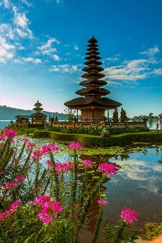 Ulun Danu Temple is a Balinese Hindu Temple located in Beratan Lake of Bedugul Bali and it is one of the favorite places of interest in Bali.