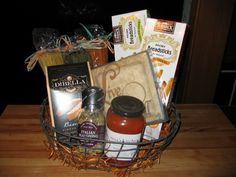 """""""Italian Dinner Basket"""" unwrapped (see pic of wrapped basket)"""