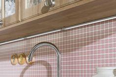 Novinka roka 2018. Farebné vyhotovenie kuchyne Bibiana - Dub riviera rustic mountain. Cutting Board, Rustic, Kitchen, Home, Country Primitive, Cooking, Kitchens, Ad Home, Retro