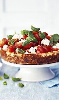 Suolainen juustokakku   Meillä kotona Scandinavian Food, Sweet And Salty, Bruschetta, Yummy Cakes, Superfood, Soul Food, Food Inspiration, Food And Drink, Cooking Recipes