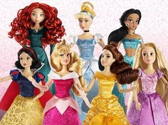 New Disney Classic Collection Dolls! - Years of Ears