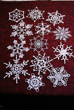 Christmas ornaments, Crocheted Snowflakes..I wish I could crochet like this!  This blog links to another blog that has patterns.