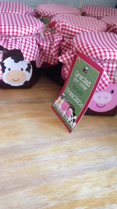 Granja Cow Birthday Parties, Cowboy Birthday Party, 1st Boy Birthday, Barnyard Party, Farm Party, Baby Farm Animals, Farm Theme, Mason Jar Crafts, Diy For Kids
