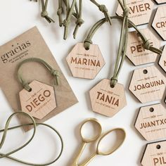 Laser Cutter Ideas, Sustainable Gifts, Small Wood Projects, Diy Upcycling, Laser Engraving, Wedding Designs, Perfect Wedding, Diy Gifts, Wedding Details
