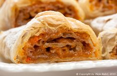 Bundevara, by Provereni recepti. Cooks and Bakes Albanian Recipes, Albanian Food, Bread Recipes, Cake Recipes, Good Thoughts, Apple Pie, Sweet Tooth, Sweets, Baking