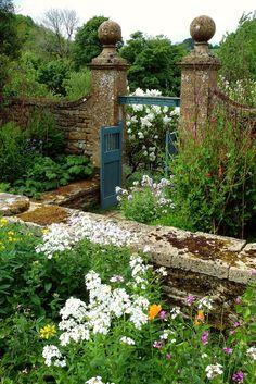 Garden at Snowshill Manor by Jayembee69 on Flickr