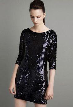 Precioso vestido de lentejuela ideal para esta Nochevieja. Tiene la espalda al aire.