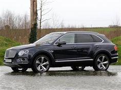 Black Bentley Bentayga First Edition 2016-17