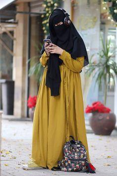 Hijabi Girl, Girl Hijab, Hijab Outfit, Arab Girls Hijab, Muslim Girls, Beautiful Muslim Women, Beautiful Hijab, Islamic Fashion, Muslim Fashion