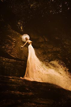Olga Valeska: J'ai rêvé dans la grotte où nage la sirène