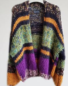 Knitting Stiches, Loom Knitting, Knitting Socks, Knitting Patterns, Chunky Knitwear, Knitwear Fashion, Mohair Sweater, Drops Design, Look Fashion