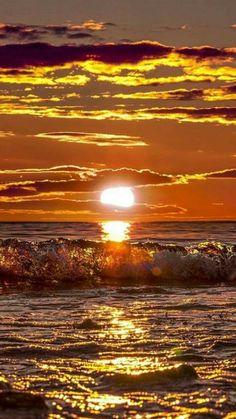 "letslookingattheworldstuff: ""📸 by Location🚩Åland Islands , Finland "" Amazing Sunsets, Amazing Nature, The Ocean, Beautiful Sunrise, Beautiful Sunset Pictures, Nature Wallpaper, Nature Scenes, Nature Pictures, Belle Photo"
