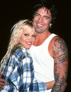 Pamela and Tommy Lee via The Nostalgic 90s (Facebook page)