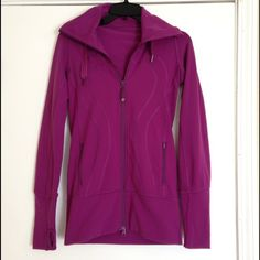 Lululemon pink stride jacket Stride jacket with hood - long flattering fit, two front zippered pockets, hood with drawstrings. Great condition with some minor pilling under arms. Deep pink with a slight purplish tint. 👍bundles lululemon athletica Jackets & Coats