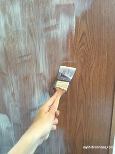 Use a bonding primer before painting cabinets