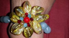 bracelet with freshwaterpearls and agate by crizartshop on Etsy #integritytt