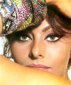 Sophia Loren, 60s. Memories of eras past - whatever yours are, preserve them chronologically at http://www.saveeverystep.com