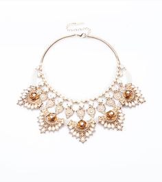 Beautiful and elegant. This pastel statement necklace is the easiest way to add extra glamor.