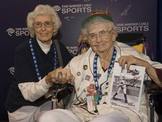 "Lavonne ""Pepper"" Paire-Davis, a star of the All American Girls Professional Baseball League in the 1940s and an inspiration for the central character in the movie ""A League of Their Own,"" has died at 88. (via @The Associated Press)"
