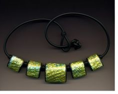 Victoria James creates depth in this beautiful necklace, as seen on The Polymer Arts magazine's blog:www.thepolymerarts.com.