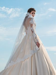 Wedding Veils - Wedding dresses in London area, Flower girls dresses, First Communion dresses and evening dresses 2018 - Wedding Dresses Wedding Dresses London, Wedding Dress With Veil, Wedding Veils, Puffy Skirt, Bridal Nightgown, First Communion Dresses, Latest Dress, Night Gown, Perfect Wedding