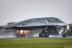 «On this day: 29 years ago, the Northrop Grumman B-2 Spirit bomber was shown publicly for the first…»