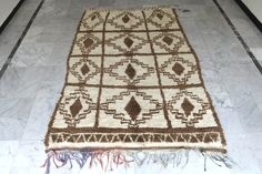 Rare stunning Azilal rug, one of a kind handmade beauty in Morocco a Berber masterpiece hand spun wool Fast shipping directly from Morocco through Fedex Wool Area Rugs, Wool Rug, Moroccan Berber Rug, Beni Ourain, Geometric Rug, Hand Spinning, Handmade Rugs, Rug Runner, Bohemian Rug