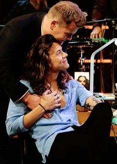 Harry Styles gets tattooed ||on The Late Late Show with James Corden || 12/3/15