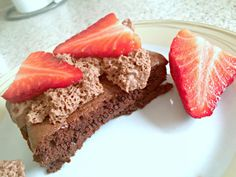 Practically synless - Slimming World ½ Syn Brownies that are super easy to make. Perfect with some speedy fruit! Find the recipe here.