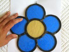 Flor azul, técnica de vitral emplomado.