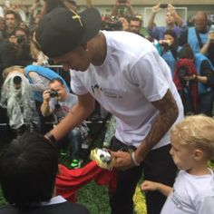 An event for disabled children at Instituto Neymar