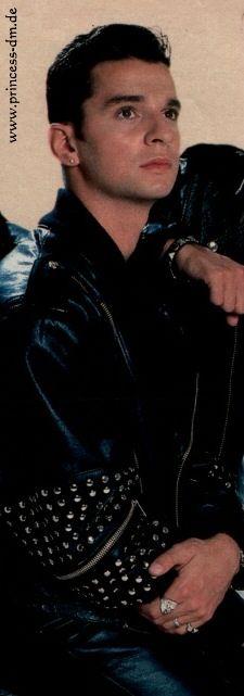 Nyle Shadowbane (Dave Gahan)