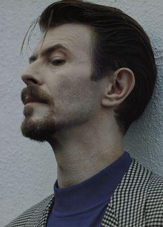 Helnwein Gottfried/David Bowie (S.100-101)- GALERIE KAIBLINGER