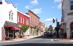 See a guide to the top attractions and things to do in Prince William County, VA, a region with historic towns, great shopping, and breathtaking scenery Quantico Virginia, Manassas Virginia, Prince William County, Pictures Of Prince, Virginia Is For Lovers, Travel Around The World, Small Towns, Places To Visit, Scenery