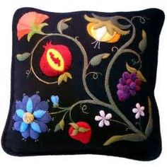 17 Best ideas about Primitive Embroidery Patterns on Pinterest | Primitive embroidery, Primitive ...